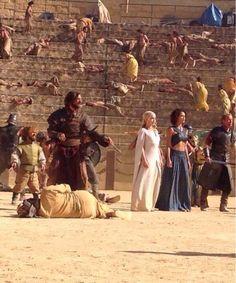 Daznak's Pit scene - Tyrion, Daenerys, Daario, Missandei and Jorah