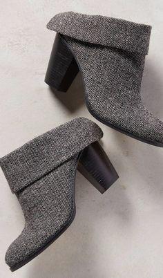 Bendetta Cuff Boots