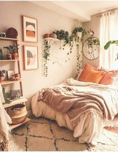 La décoration de la maison ferme fantastique collège schlafzimmer dekor idées et remodeler... Small Bedroom Ideas For Couples, Small Bedroom Designs, Small Room Bedroom, Small Rooms, Modern Bedroom, Trendy Bedroom, Contemporary Bedroom, Dorm Room Walls, Room Decor Bedroom