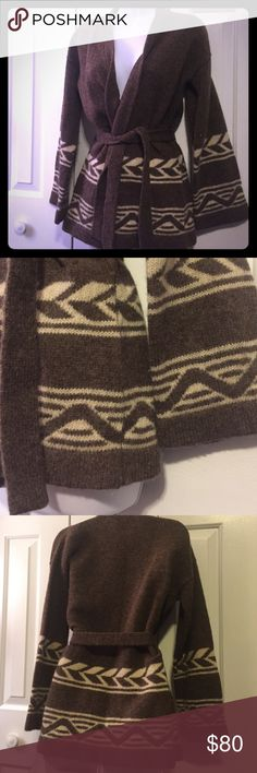 100% shetland wool sweater vintage style sz small Amazing sweater in great condition! Has belt as well! shetlander crazy horse Sweaters