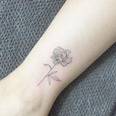 Carnation Flower Tattoo, Delicate Flower Tattoo, Peony Flower Tattoos, Peonies Tattoo, Flower Tattoo Designs, Subtle Tattoos, Dainty Tattoos, Simplistic Tattoos, Small Tattoos