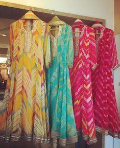 Anarkali Dress, Punjabi Dress, Kurta Designs Women, Blouse Designs, Pakistani Outfits, Indian Outfits, Bandhani Dress, Bridal Mehndi Dresses, Designer Party Wear Dresses