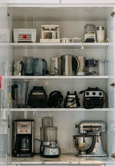 Smart tips for kitchen organization and ways to stay productive Appliance Cabinet, Kitchen Appliance Storage, Kitchen Pantry Design, Kitchen Organization Pantry, Modern Kitchen Cabinets, Smart Kitchen, Home Decor Kitchen, Kitchen Interior, Home Kitchens