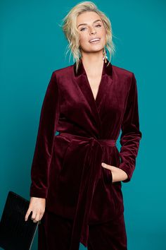 Introducing the second edition of Pippa's second collection hosts fabulous pieces from luxurious velvet to on trend prints! Shop the latest looks from right here Mixing Prints, Velvet, Shopping, Collection, Fashion, Moda, Fashion Styles, Fashion Illustrations