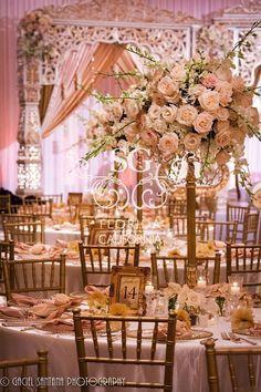 Decor Wedding on Pinterest | Crystal Beads, Wedding Centerpieces ...