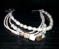 The bracelet of pearls I shellfish