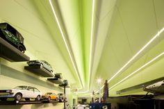 zaha hadid architects: riverside museum of transport