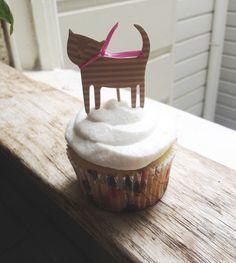 Kitty cupcake topper
