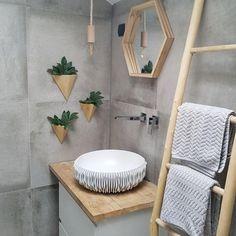 Wc Bathroom, Concrete Bathroom, Small Bathroom, Wood Blanket Ladder, Hotel Room Design, Beautiful Home Designs, New Toilet, Dream Bathrooms, Minimalist Decor