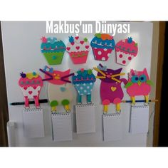 buzdolabı notlukları ve süsleri Felt Crafts, Diy Crafts, Frozen Decorations, Activities For Kids, Crafts For Kids, Diy Stickers, Emoticon, Workshop, Cross Stitch