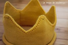Couronne couleur jaune avec finition fils doré pour anniversaire bébé, cadeau… Accessoires Photo, Baby Shower Parties, Babyshower, Photos, Boutique, Party, Etsy, Sons, Yellow