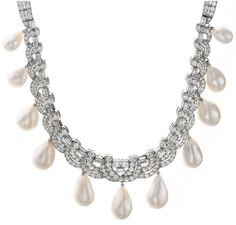 SPECTACULAR NATURAL PEARL AND DIAMOND NECKLACE, BULGARI (close up)