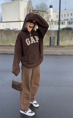 Teen Fashion Outfits, Indie Outfits, Cute Casual Outfits, Retro Outfits, Vintage Outfits, Tomboy Fashion, Edgy Outfits, Grunge Outfits, Sneakers Fashion
