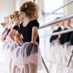 Little Ballerinas//