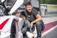 Felix Baumgartner, que pulou da estratosfera, disputará as 24H de Nurburgring com a Audi em junho.