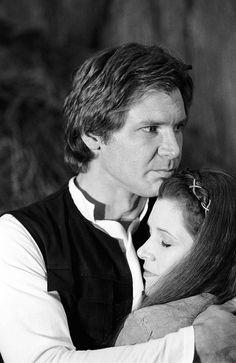 Han hugs Leia on Endor rotj 01