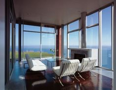 Modern Cube houses designed by the architect team led by Stephen Kanner, Malibu…