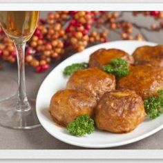 Chicken meatballs. Recipes with photos.