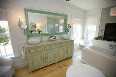 Love this color combo. The mirror and Shells are perfect!