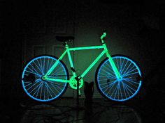 Really cool DIY instructable on making your own glow night bike.