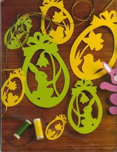 Cute Easter ideas from the paper! Kirigami chicken and rabbits for Easter ornaments and Easter cards. Kirigami, Diy And Crafts, Arts And Crafts, Cat Coloring Page, Wood Carving Patterns, Cardboard Paper, Collage Illustration, Easter Crafts, Easter Ideas