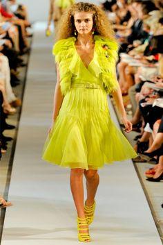 oscar de la renta20 Oscar de la Renta Spring 2012 | New York Fashion Week