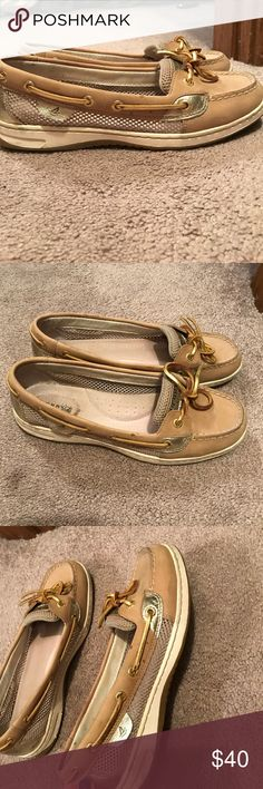 Metallic lined women's Sperrys Tan colored Sperrys with metallic gold dotted lining on sides. Gently worn. Sperry Top-Sider Shoes Flats & Loafers