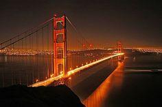 godine u kalifornijskom San Franciscu otvoren je most Golden Gate San Francisco Tours, San Francisco Giants, Places To Travel, Places To See, Las Vegas, Golden Gate Bridge, Belle Photo, Country, Dream Vacations