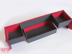 Il s'agit d'une boîte, recouvert de tissu magnifique avec trois tiroirs. Vous pouvez l'utiliser comme un organisateur pour vos bijoux, souvenirs, notes ou autre.  Ce cartonnage boite mesure 20cmх10cm par 10 cm de haut. Première partie de taille est 19cmх9cm et 4,5 cm de haut. Deuxième partie taille ont deux secteurs, 9 cmx9cm et 4,5 cm de haut chacun.  Cette boîte a été fait à la main par mes soins en technique de cartonnage, à l'aide d'un carton léger durable (3 mm d'épaisseur) et recouvert…