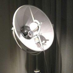 Forutny Petite lampe, design PALLUCCO, nouvelle édition - Lampes à pied