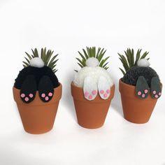 Bunny Crafts, Easter Crafts, Easter 2021, Pom Pom Crafts, Bunny Tail, Easter Projects, Funny Bunnies, Easter Bunny, Rabbit