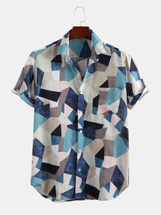 ChArmkpR Mens Color Block Chest Pocket Turn Down Collar Short Sleeve Shirts is designer and cheap on Newchic. Rip Curl, Camisa Floral, Mens Printed Shirts, Casual Outfits, Men Casual, Casual Shirts, African Fashion Dresses, Look Cool, Shirt Outfit