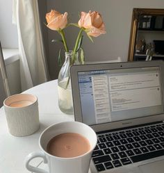 Exams Tips, Study Organization, Work Motivation, Aesthetic Coffee, Study Space, Study Inspiration, Instagram Story Ideas, Day And Mood, Studyblr
