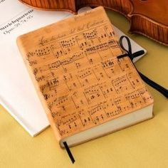 Duchessa Music Notes Italian Printed Leather Journal with Tie (6