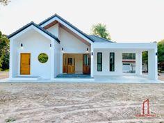 บ้านพักอาศัยชั้นเดียว 3 ห้องนอน 2 ห้องน้ำ พื้นที่ใช้สอย 142.00 ตร.ม.   ดูไอเดียบ้าน 4 Bedroom House Designs, House Furniture Design, Dream Home Design, Modern House Design, Muji Home, Modern Exterior Doors, Minimalism, House Plans, Cool Designs