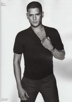 GQ Style Magazine Primavera Estate 2009 : Wentworth Miller-watch prison break you will become obsessed with this man. Visit the post for more. Michael Scofield, Gorgeous Men, Beautiful People, Hello Gorgeous, Pretty People, Wentworth Miller Prison Break, Leonard Snart, Dominic Purcell, Beauty Make-up