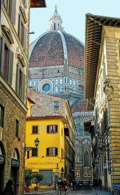 Florencia, Italia averigua en www.turinco.co/ empieza en Tierra Santa, termina en Italia WOWW! #turinco