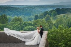 There are many enchanted moments that happen when getting married at #Biltmore; Thank you Meriah Mozingo for perfectly capturing one of them! Photo Credit: Mozingo Photography