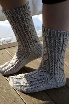 Ravelry: Ingel pattern by Marika Lepistö Wool Socks, Knitting Socks, Knitting Needles, Hand Knitting, Knitting Ideas, Ravelry Free, Cosy Outfit, Crochet 101, Crochet Slippers