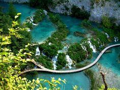 Walk through Plitvice Lakes in Croatia. Plitvice Lakes in Croatia Beautiful Places In The World, Beautiful Places To Visit, Amazing Places, Dream Vacations, Vacation Spots, Places To Travel, Places To See, Gili Lankanfushi, Dame Nature