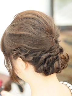 結婚式ゲストのヘアセット ミディアムのアレンジ:沖縄で噂の高級ヘアサロンhair make pasdedeux LEQUIOS(レキオ) 北谷美浜店 HAIR style ヘアスタイルブログ