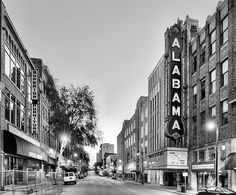 the alabama theater,alabama theater birmingham,birmingham,birmingham al,birmingham alabama,birmingham landmarks,historic birmingham,historic architecture,historical,southern,deep south,deeply southern,alabama sign,jc findley,gone with the wind,Iconic Birmingham,black and white