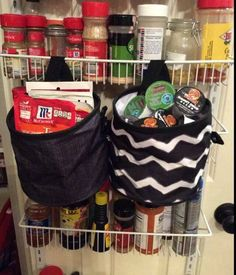 Thirty-One's Oh Snap! Bins perfect for snapping into your pantry!