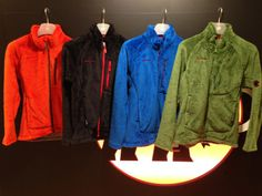 毛足が長く、暖かいフリースジャケット。ストレッチも効いており、着心地も抜群にいいです。普段着でも大変着て頂きたい一着です。/Thermaln Pro Goblin Jacket(MAMMUT)¥26,250- /MAMMUT STORE 金沢店 TEL:076-262-1108/Tatemachi Christmas Collection