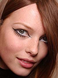 Go Go Girl makeup