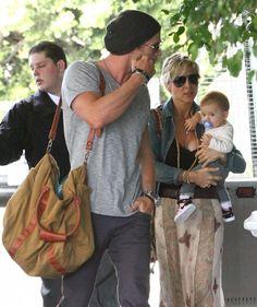 Elsa Pataky Photo - Chris Hemsworth And Family At A Hotel In Santa Monica