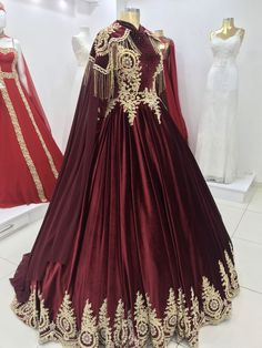 11 Dress Wedding Hijab Ideas 11 Dress Wedding Hijab Ideas Source by marisar Royal Dresses, Ball Dresses, Ball Gowns, Prom Dresses, Linen Dresses, Princess Dresses, Most Beautiful Dresses, Elegant Dresses, Pretty Dresses