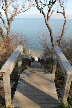 Steps down to the Horton Lane Beach, overlooking Long Island Sound, Southold, NY (05/02/2015)