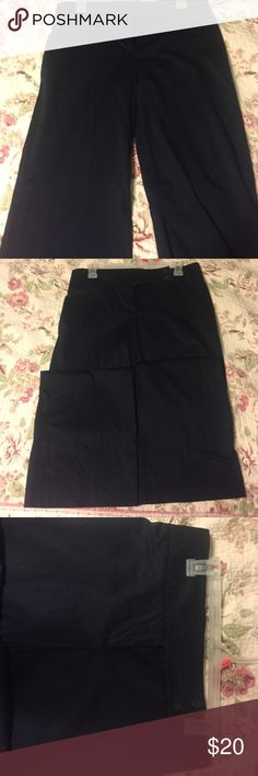 Navy Blue Dress Pants Navy Blue Dress Pants, purchased in France,great condition, hardly worn, size 44 in European which is a 16 in US, see picture also! Offers welcome! United Colors Of Benetton Pants Trousers