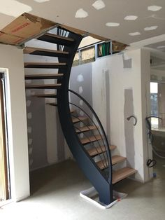 Steel Stairs Design, Spiral Stairs Design, Home Stairs Design, Home Design Floor Plans, Railing Design, Loft Design, Home Interior Design, House Design, Spiral Staircase Kits